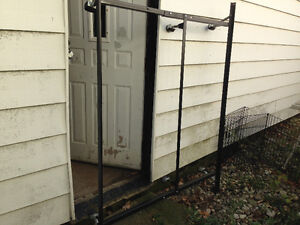 Queen Sturdy Metal Bedframe on casters $60