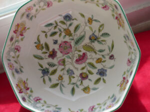 Vintage Hard to find - Haddon Hall Minton-bone china-made englad