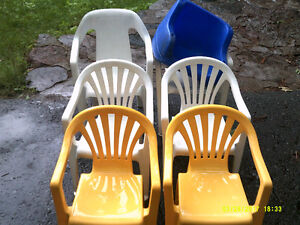 6 Children Plastic Chairs   plus    Baby Swing Seat