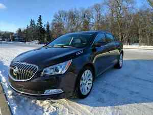 Buick Lacrosse AWD FULLY LOADED