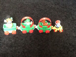 FISHER PRICE LITTLE PEOPLE HOLIDAY PARADE