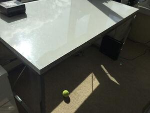 Sleek Desk