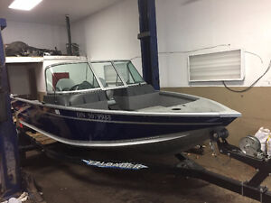 2015 ALUMACRAFT COMPETITOR 165***FISHING BOAT***WITH TRAILER