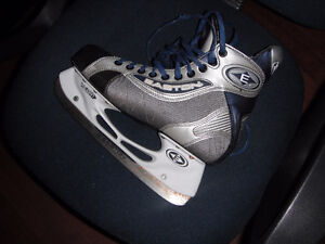 good condition easton skates