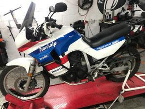 Adventure bike 1989 Honda Transalp