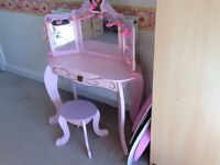 Girls pink wooden dressing table and stool KIDCRAFT