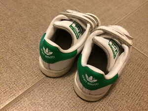 Kids Size 8 Stan Smith Adidas Sneakers