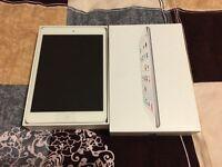 iPad Mini 2 - Brand new in the box - White-Silver