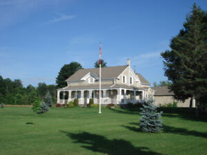 Magnificent Heritage Stone Home ... Big Rideau Lake Waterfront
