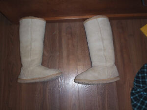 Womens 2 Classic Tall UGGS