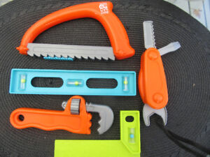 CARPENTER TOOLS SET FOR TODDLERS