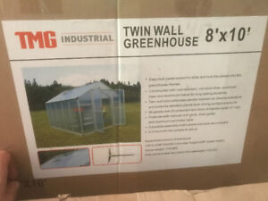 Greenhouse Twin wall 8' x 10', new in box