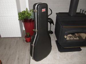 Case de guitare acoustique