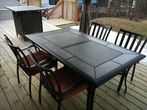 high quality patio table and chairs