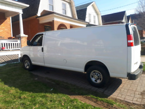 2016 Chevrolet Express 3500 Extended