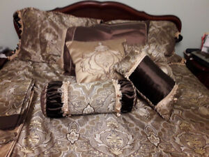 King Size Victorian Bedding and Accessories