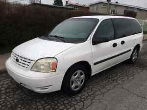 2004 Ford Freestar...69,000 kms seulement, 7-pass, equippee