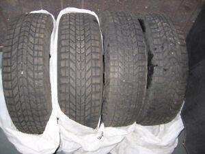 4 pneux hiver 185-65-15
