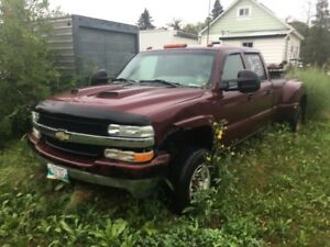 2002 chev duramax dually 3500 4x4 for resto or parts