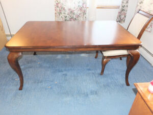 Furniture sale: Table,  Lift Chair