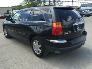 2006 CHRYSLER PACIFICA TOURING * AWD * LEATHER * SUNROOF London Ontario image 4
