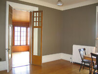Exceptional 3 bedroom a block from Queen's for June