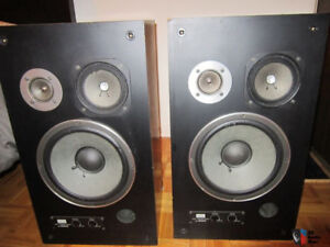 Vintage Three Way Sansui Speakers