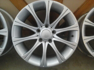 "17"" Alloy rims in perfect condition. 17""x 9"" 5 x 120mm or 4.72"