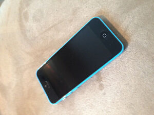 Excellent condition iPhone 5c with Otter box case