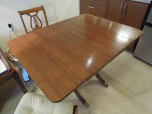 Duncan Phyfe Dining Table and 4 Chairs