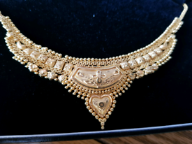 22 carat gold necklace 14.73 grams