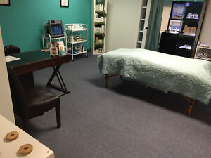 Massage therapist space ready to go