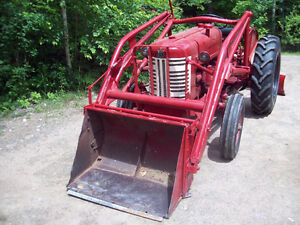 1952 International tractor with loader