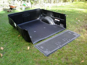 F-150 Box & Tailgate Liner Peterborough Peterborough Area image 2
