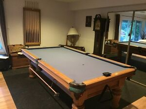 Pool table for sale !!!!