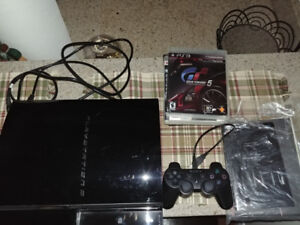 Sony PS3 80gb system w controller and games backwards compatible