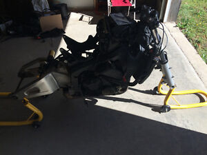 PARTING OUT 2003 CBR 600RR