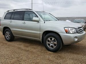toyota highlander find great deals on used and new cars trucks in canada kijiji classifieds. Black Bedroom Furniture Sets. Home Design Ideas