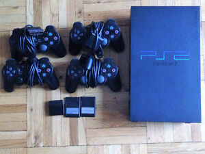 PS2 CONSOLE w/4 CONTROLLERS +17 GAMES