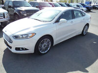 2014 Ford Fusion SE, 2.0L AWD with Sunroof