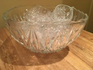 Punch bowl and 11 punch glasses