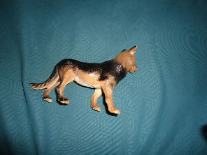 GERMAN SHEPHERD DOG Figurine Kingston Kingston Area image 2
