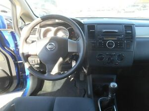 2009 Nissan Versa 1.8 S Hatchback Peterborough Peterborough Area image 12