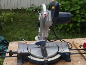 "Mastercraft 10""Compound Mitre Saw $ 70.00"