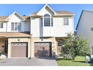 Move in ready, 3 bedroom 2 storey end unit in barrhaven