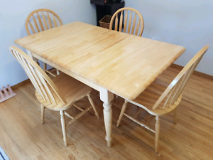 Extendable solid wood table and chairs