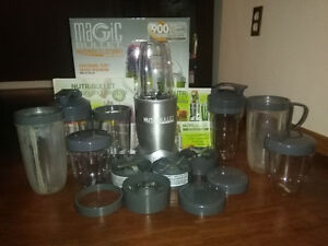 Nutribullet 900 Pro Series!! - EXTRA CUPS, BLADES INCLUDED!!
