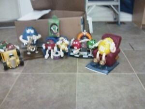 M&M battery powered toys/colectibles