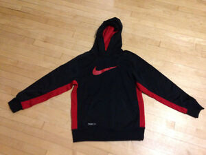 Therma -fit nike