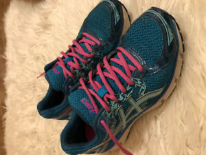 Women's ASICS style is Gel-Excite 3** Good Condition!!